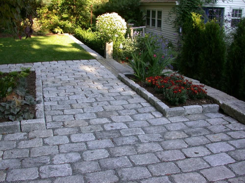 Cobble Stone Patio